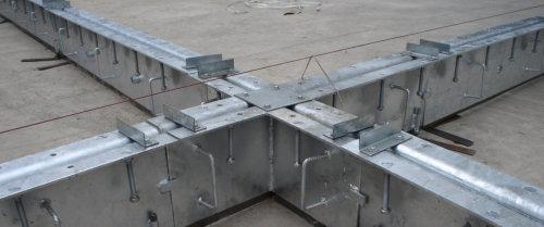 Montage Fugenprofile für Industrieboden