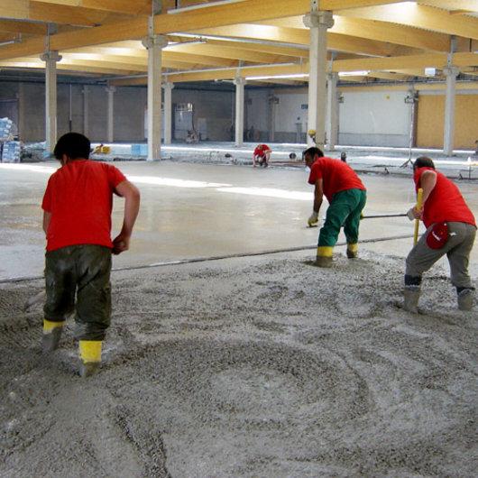 Condulith-Industrieboden betonieren Industrieboden
