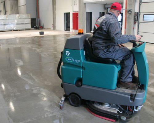 Condulith Industrieboden Einpflege von Industrieböden