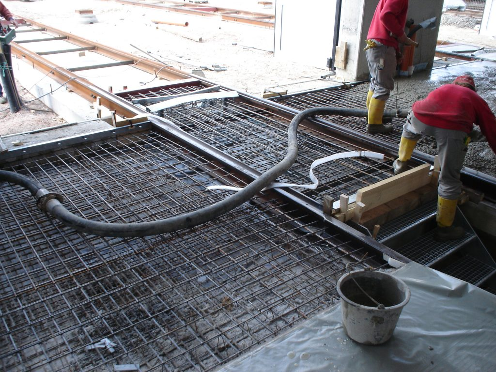 Condulith Industrieboden Herstellung Betonplatte