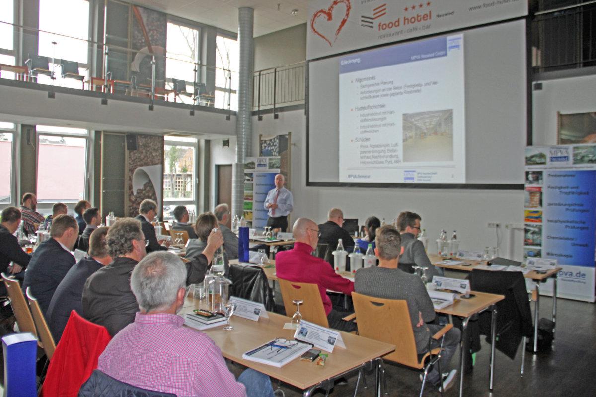 Condulith besucht Qualifizierungsseminare